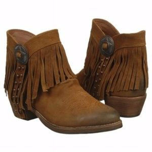 1d0a46004d791 Sam Edelman Shoes - NWT Sam Edelman Sidney Fringe Ankle Boots
